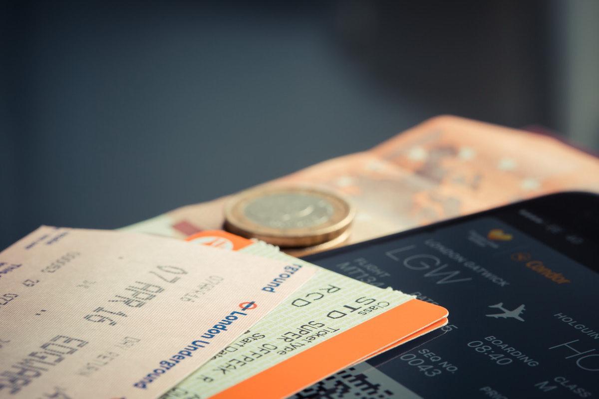 Tip Menukar Mata Uang Sebelum Traveling