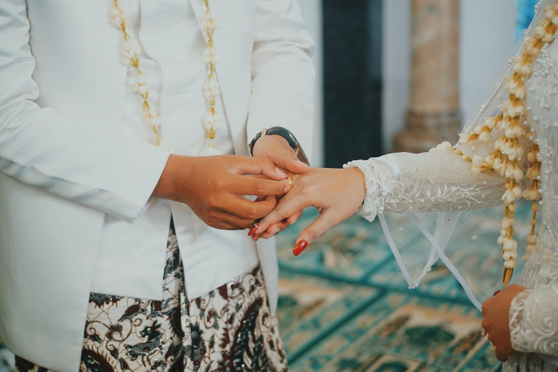 Buru-buru Nikah dan Awet, Bisa, kok, dengan Tips Ini!