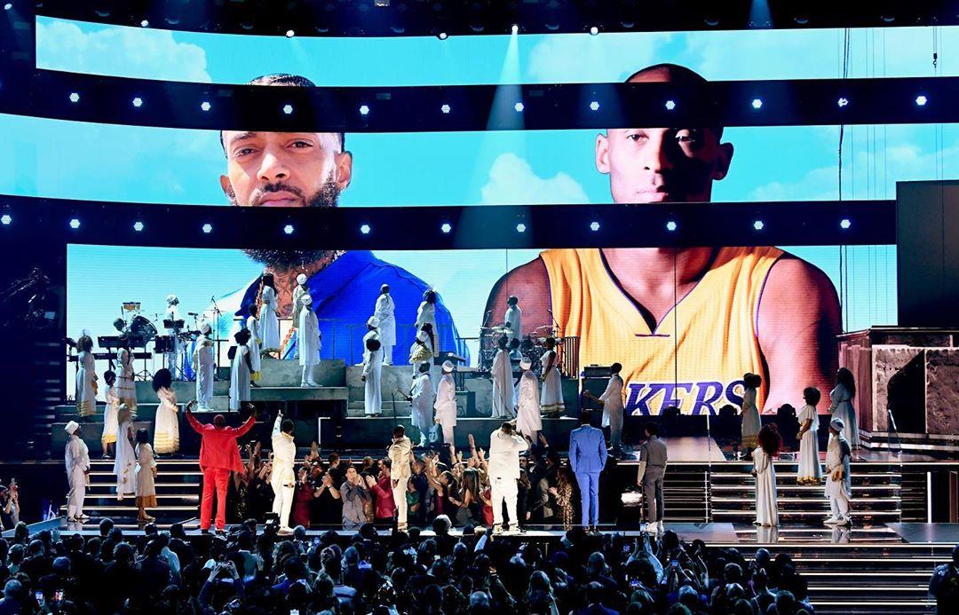 Tribut Untuk Pebasket Kobe Bryant dan Rapper Nipse Hussle di Grammy Awards 2020