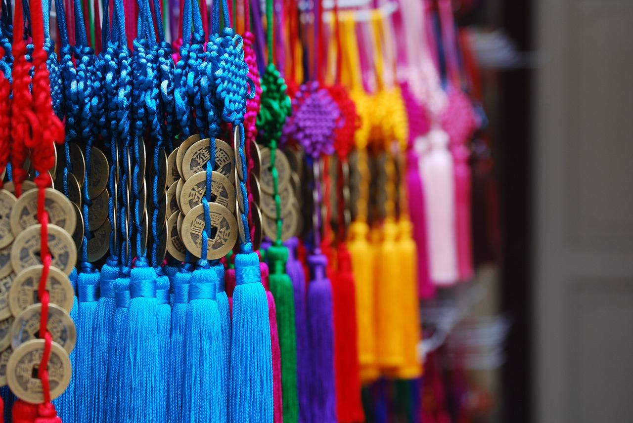 Warna Keberuntungan Shio di Tahun Tikus Logam
