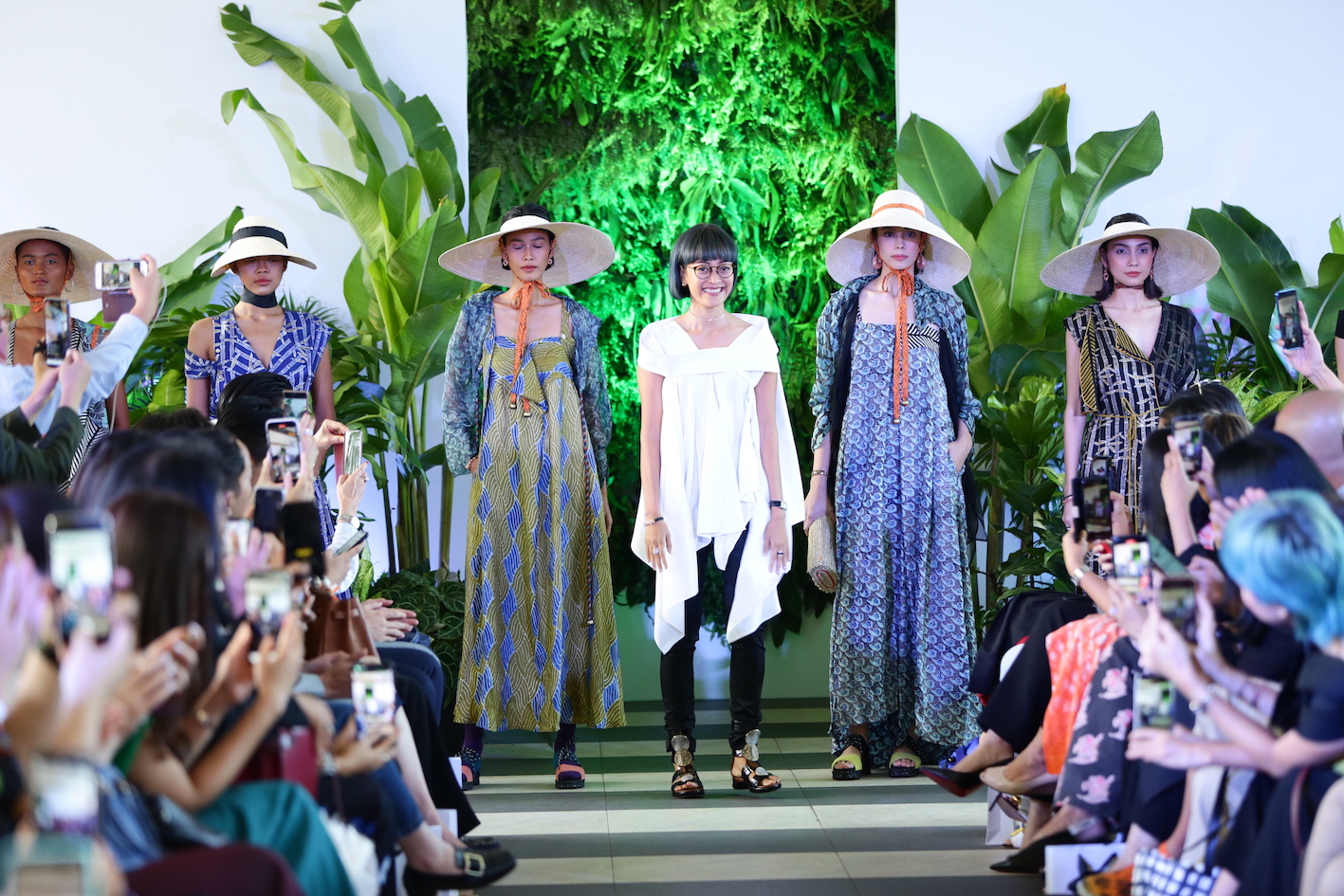 Purana Spring/Summer 2020: Parade Flora dan Kaya Alam Indonesia dalam Tekstil Purana