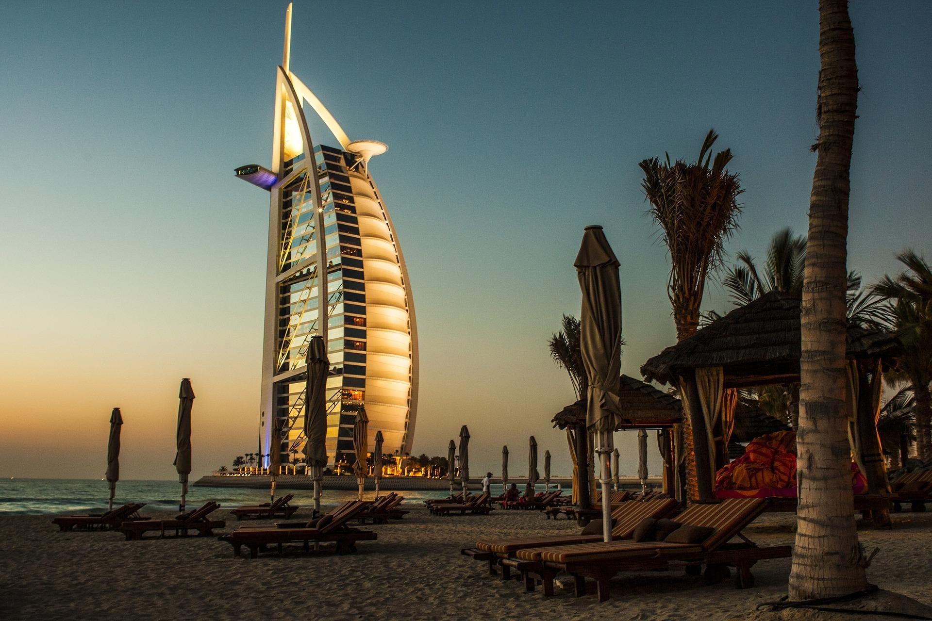 24 Jam Jelajahi Dubai, ke Mana Saja?
