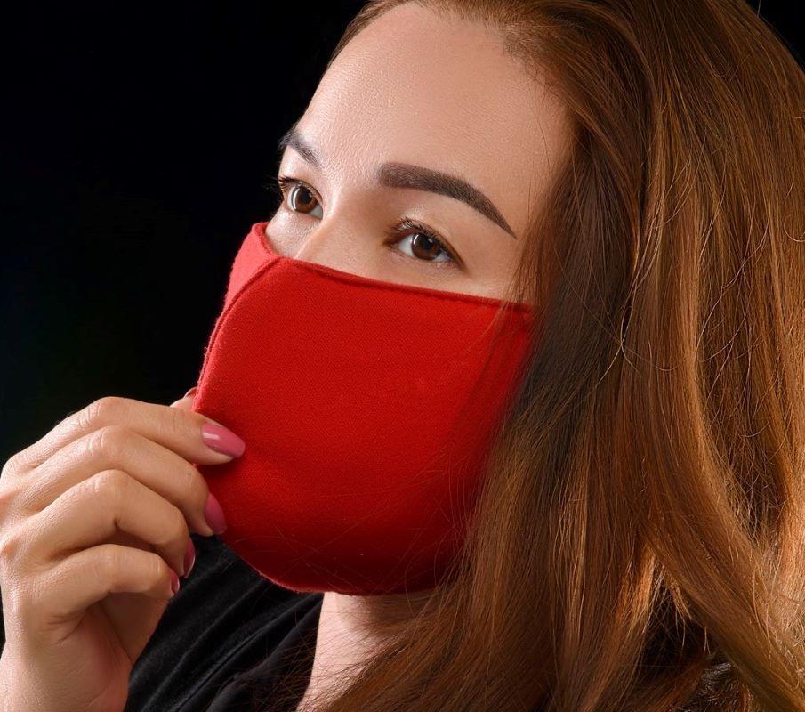 Meski Tak Ideal, Masker Kain Bisa Turunkan Potensi Penularan. Seperti Ini Cara Penggunaannya
