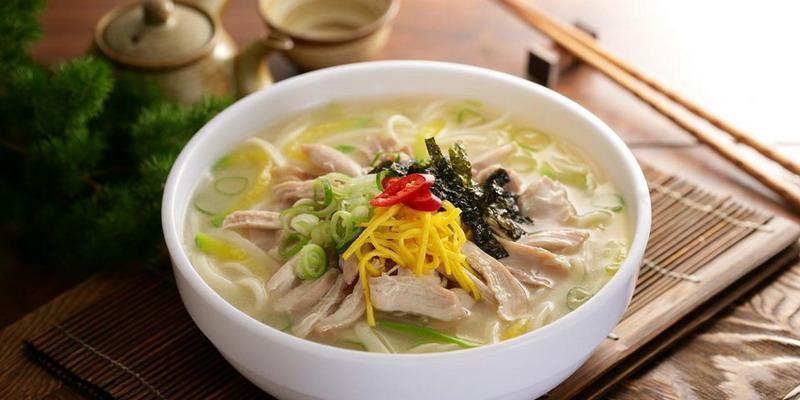 Inspirasi Berbuka Puasa & Lebaran: Korean Soup Mandu Guk