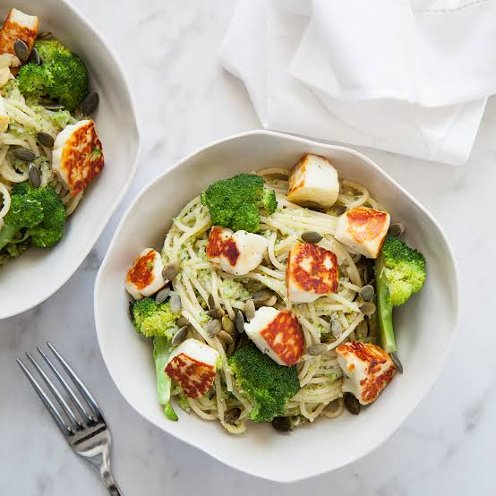 Low Carb Cashew and Halloumi Basil Pesto Linguine (Vegetarian)