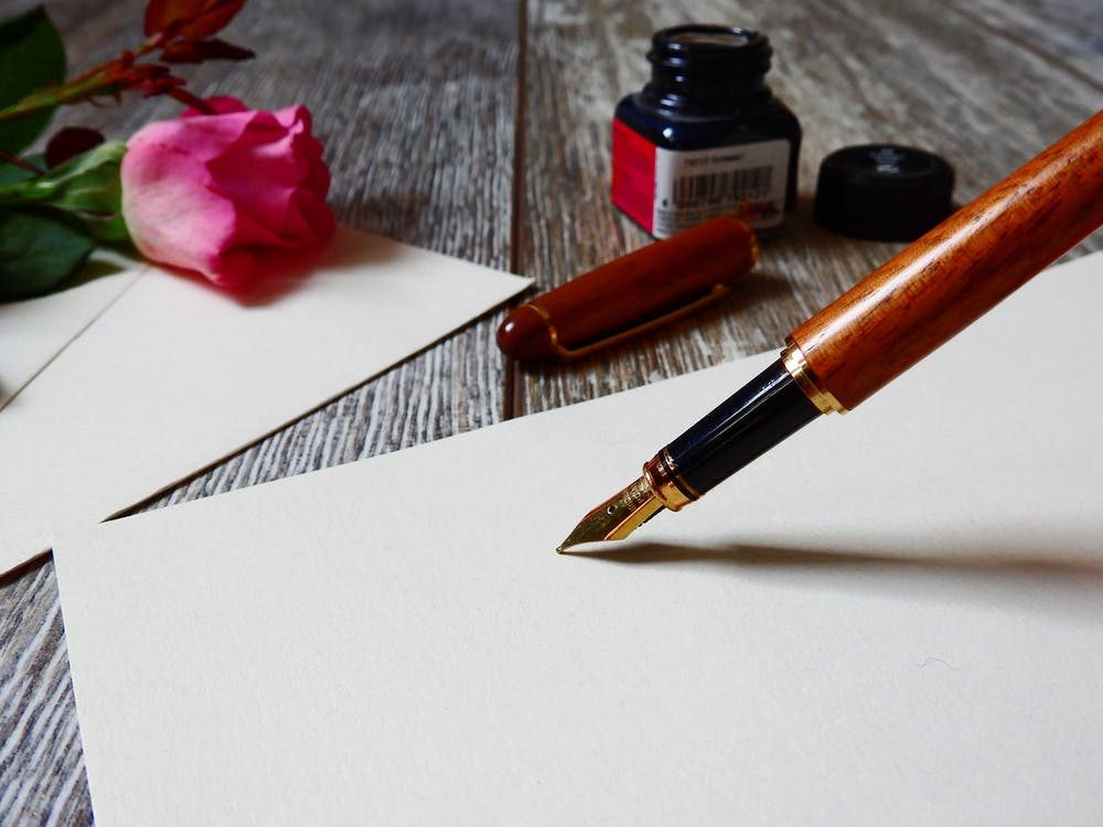Tulis (Tangan) Surat Cinta, Biar Si Dia Bahagia!