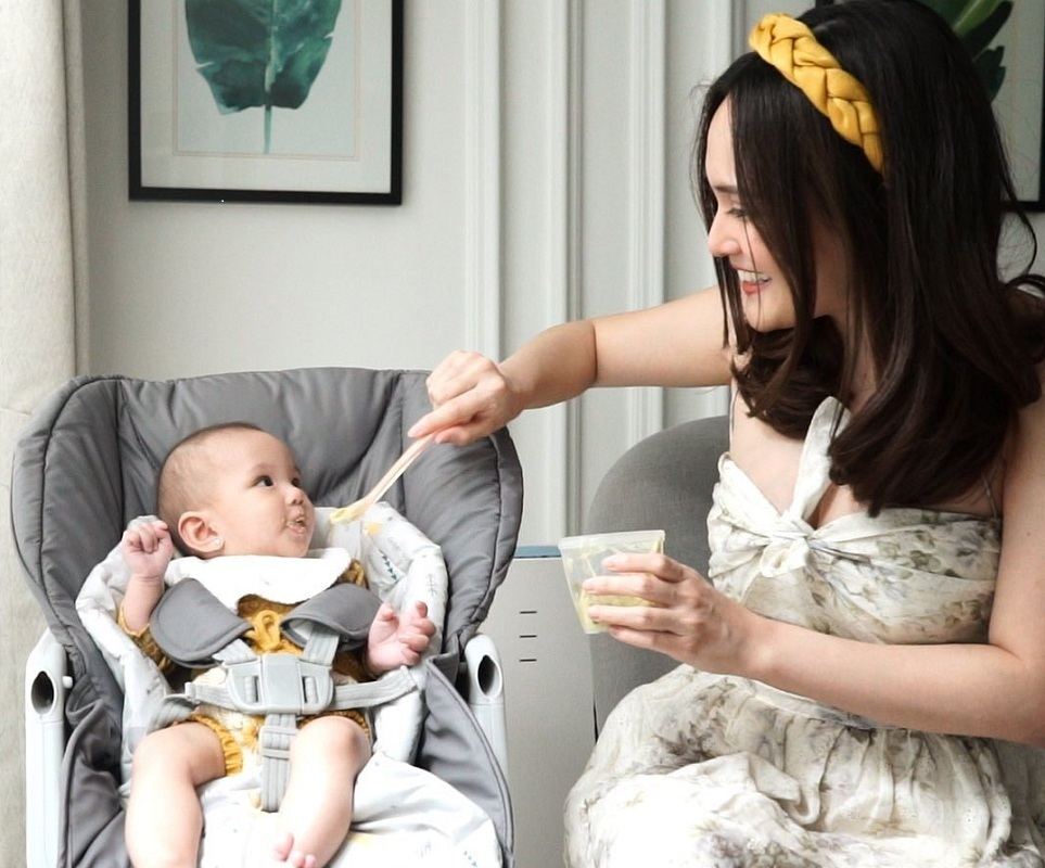 Shandy Aulia Dikritik Memberi Bayinya Madu, Seperti Apa Bahayanya?