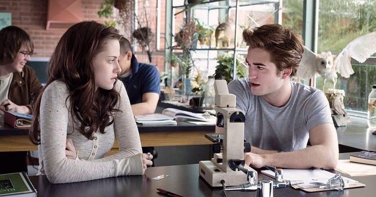 Vampir Edward Cullen - Bella Swan Hadir Kembali Di Novel Midnight Sun, Yang Terbit Setelah 12 Tahun Tertunda