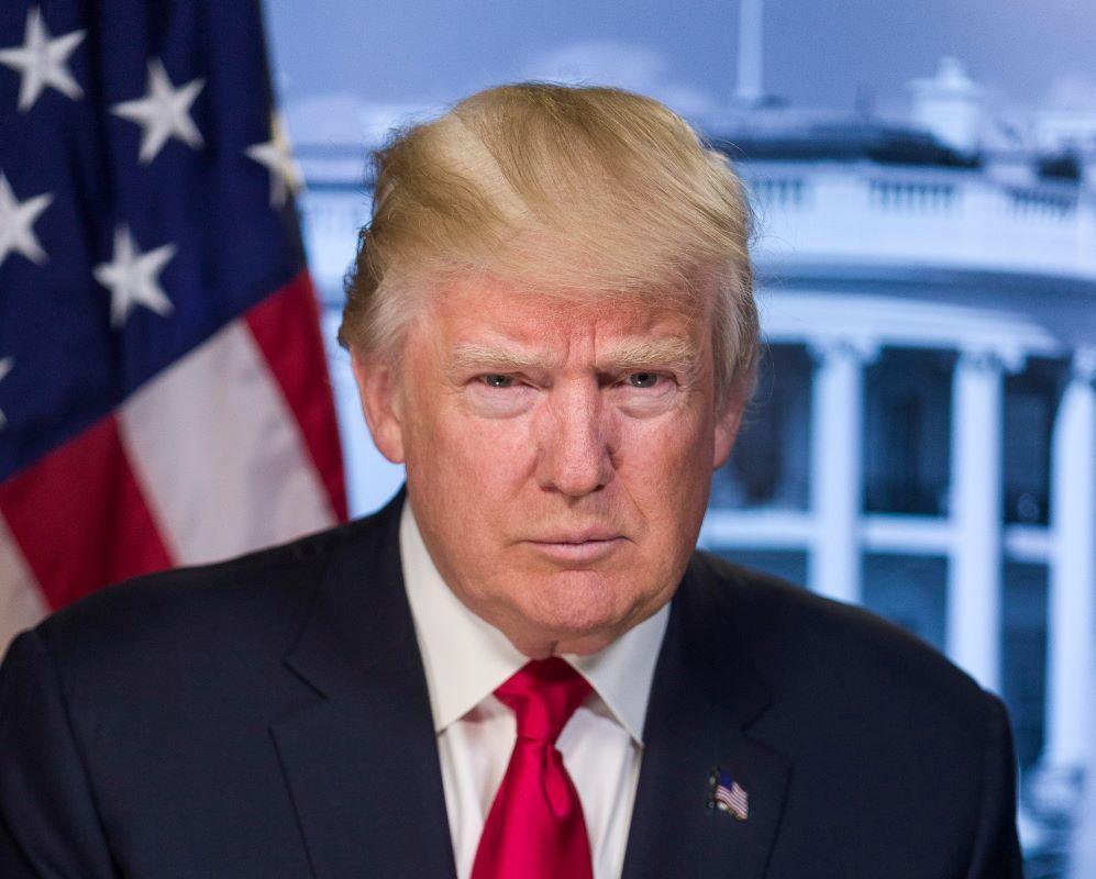 Sempat Menolak Kenakan Masker, Presiden Trump Positif COVID-19