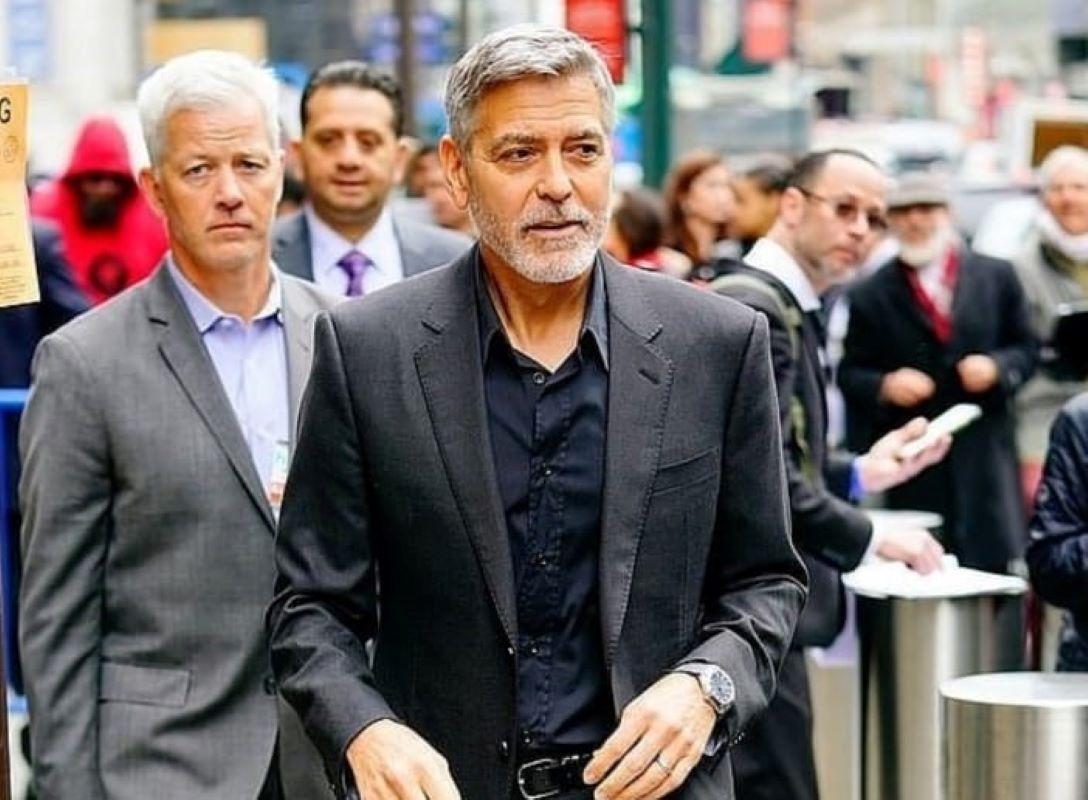 Wow! Akhirnya George Clooney Akui Memberi 14 Temannya Masing-Masing Rp14,5 Miliar